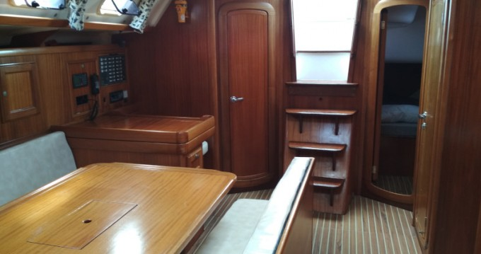 Boat rental Dufour Dufour 43 in Volos on Samboat