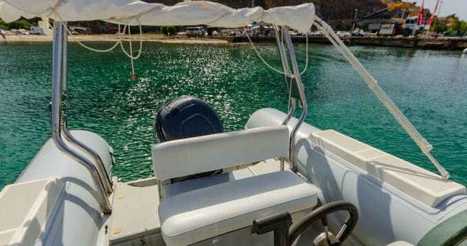 Boat rental Capelli Tempest 750 in Cefalù on Samboat