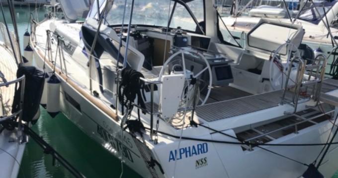 Boat rental Castiglioncello cheap Oceanis 45