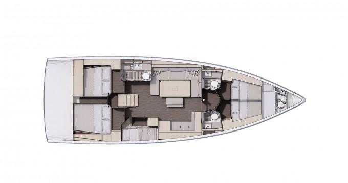 Boat rental Dufour Dufour 470 in Portisco on Samboat