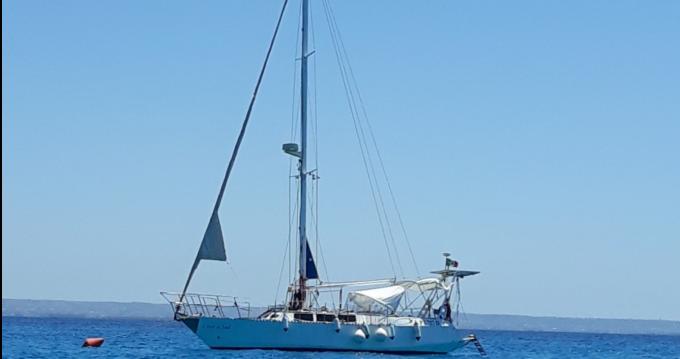 Rental Sailboat Caroff with a permit