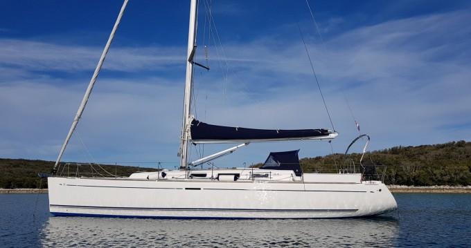 Boat rental Port de Palamós cheap Dufour 44 Performance