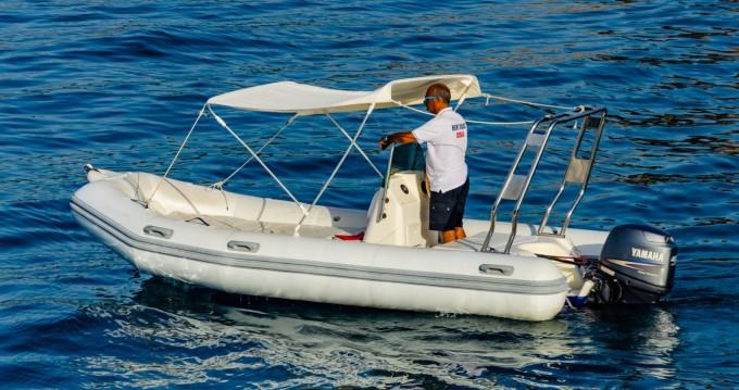 Boat rental Zodiac Medline 500 in Cefalù on Samboat