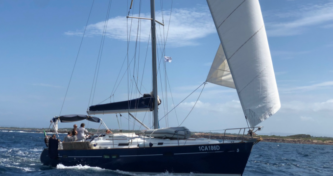 Sailboat for rent Carloforte at the best price