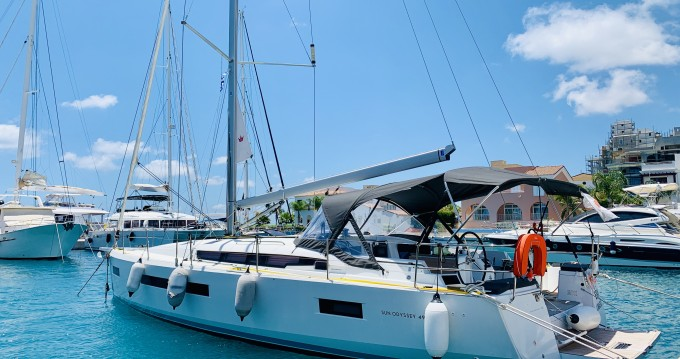 Sailboat for rent Limassol at the best price
