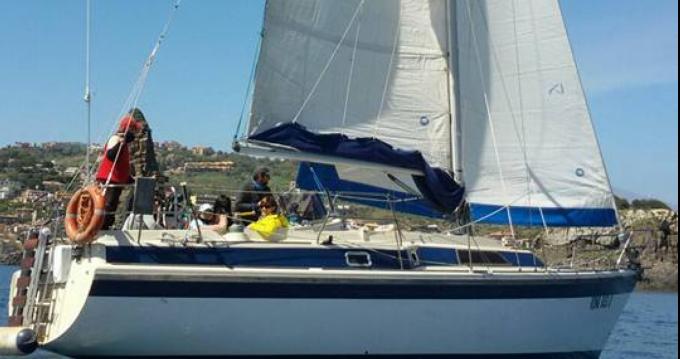 Rental Sailboat in Falcone - Dehler Dehler 37