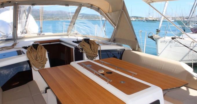 Boat rental Dufour Dufour 390 in Lefkas Egremni on Samboat