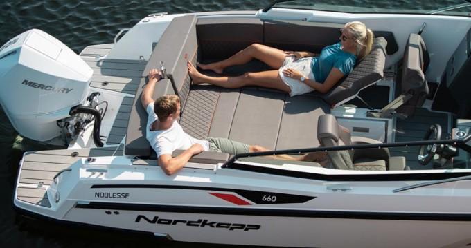Rental Motorboat in Athens - Nordkapp NOBLESSE 660