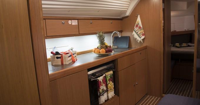 Boat rental Bavaria Cruiser 41 in Athens on Samboat