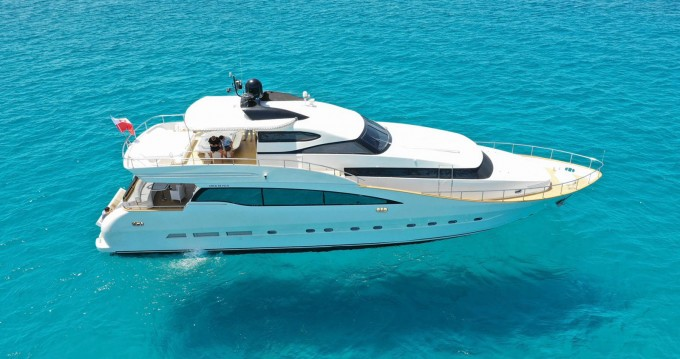 AMER AMER 88 PLUS between personal and professional Ibiza Island