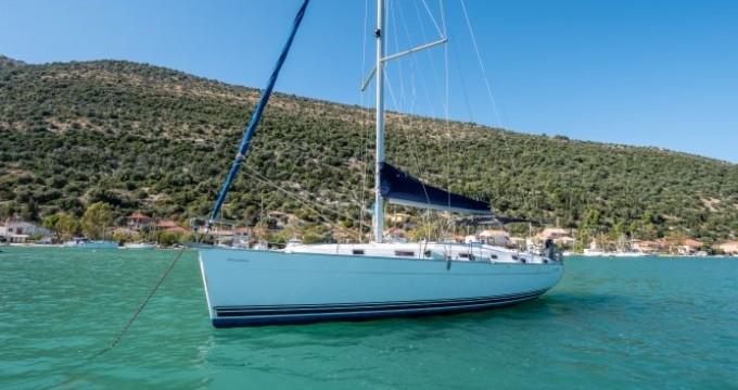 Boat rental Bénéteau Cyclades 43.3 in Vlycho on Samboat