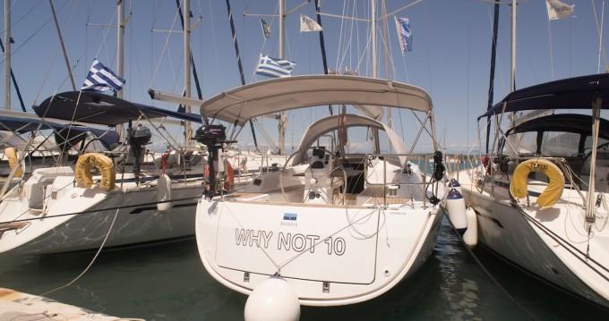 Rental yacht Lefkas Egremni - Bavaria Bavaria 33 Cruiser on SamBoat