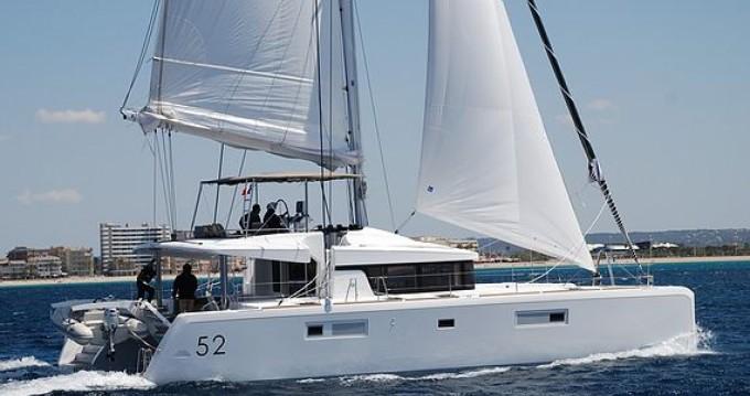 Rental Catamaran in Port Grimaud - Lagoon Lagoon 52L