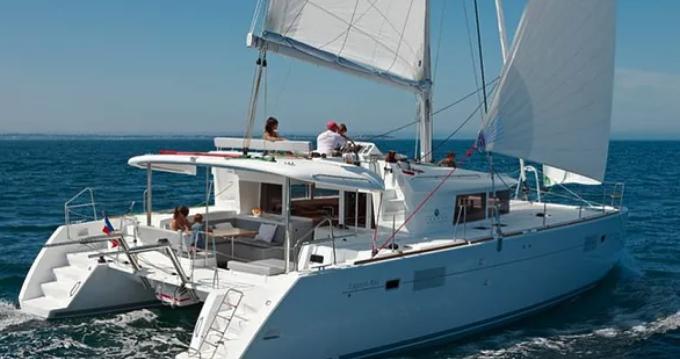 Catamaran for rent Port Grimaud at the best price