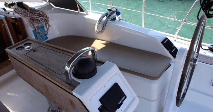 Rent a Bavaria Bavaria 34 Cruiser Lefkas Egremni