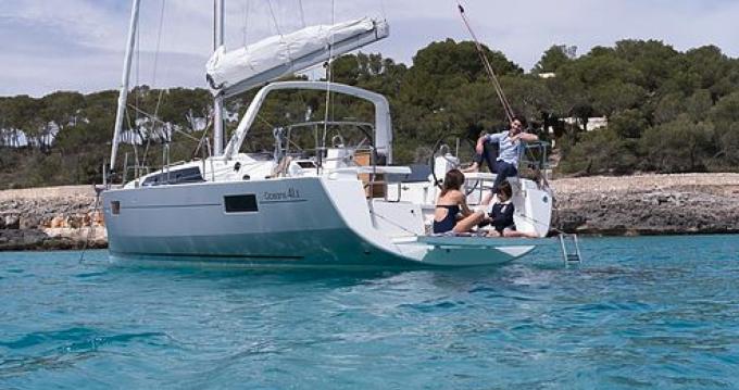 Rental Sailboat in Port Grimaud - Oceanis Océanis 41,1