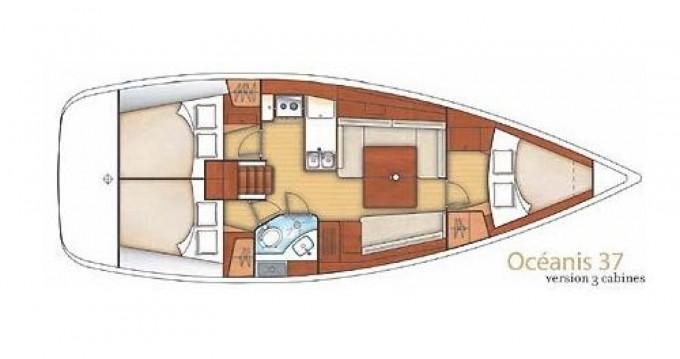 Rental yacht Port Grimaud - Oceanis Océanis 37 on SamBoat