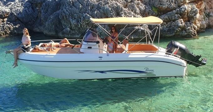 Rental yacht Tsilivi - Ranieri Shadow 23 on SamBoat