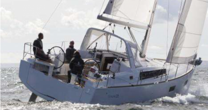 Hire Sailboat with or without skipper Oceanis Golfe-Juan