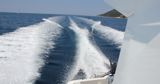 Hire Motorboat with or without skipper Bénéteau Split