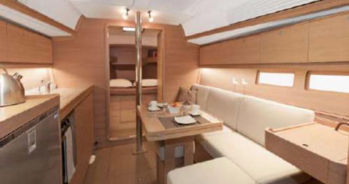 Boat rental Golfe-Juan cheap Dufour 382