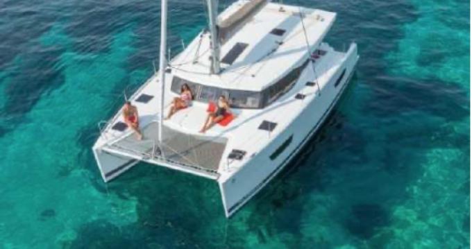 Rental yacht Saint-Raphaël - Fountaine Pajot Lucia 40 on SamBoat