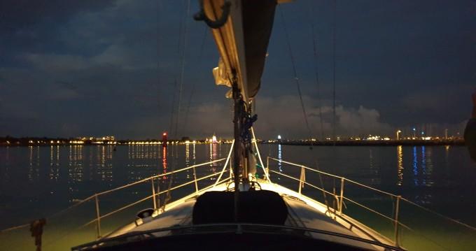 Rental Sailboat in La Rochelle - Bavaria Bavaria 38