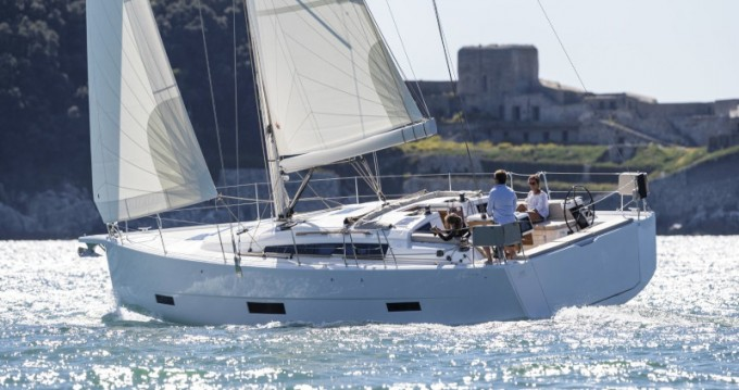 Rental yacht Portisco - Dufour Dufour 430 Grand Large on SamBoat