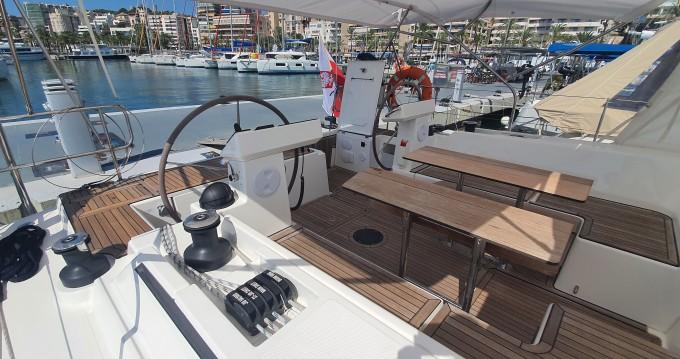Boat rental Bavaria Bavaria C45 Style in Palma de Mallorca on Samboat