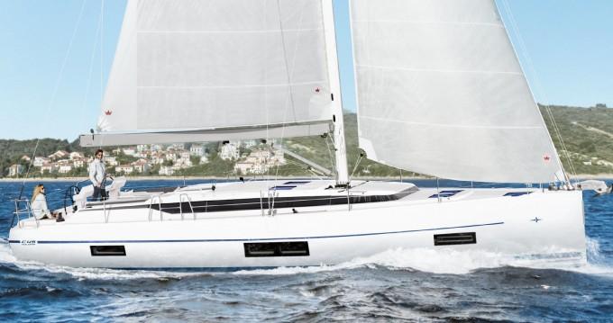 Boat rental Palma de Mallorca cheap Bavaria C45 Style