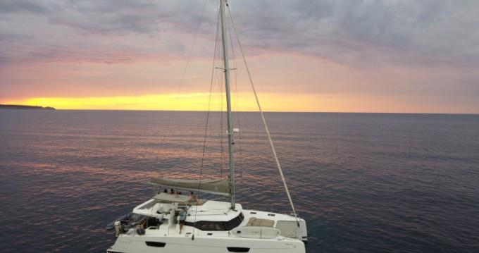 Rental Catamaran in Ibiza Town - Fountaine Pajot Saona 47