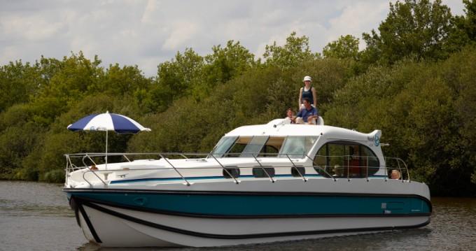 Boat rental Le Somail cheap Estivale Octo