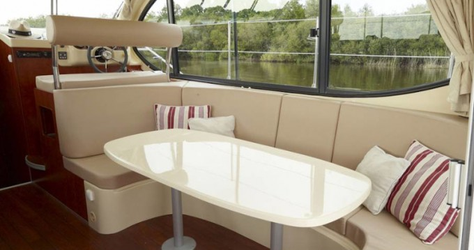 Motorboat for rent Saverne at the best price