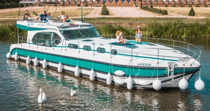 Motorboat for rent Kerkdriel at the best price