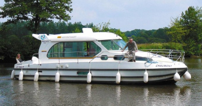 Hire Motorboat with or without skipper  Grez-Neuville