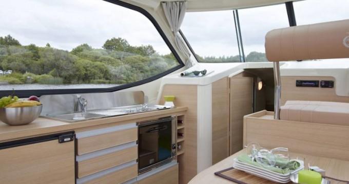 Boat rental Sablé-sur-Sarthe cheap Sedan Primo