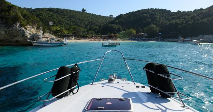 Boat rental Corfu cheap Martinique