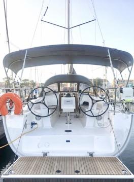 Rental yacht Lisbon - Bavaria Cruiser 34 on SamBoat