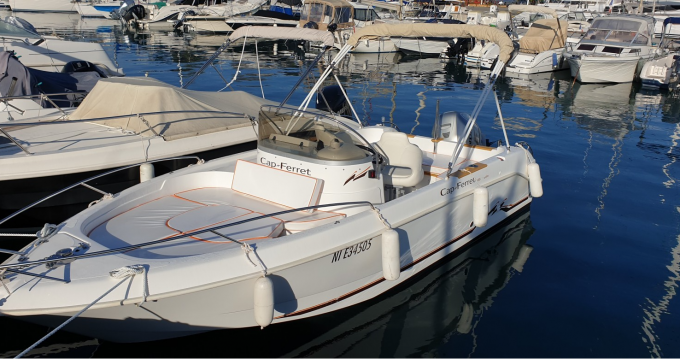 Hire Motorboat with or without skipper B2 Marine Antibes