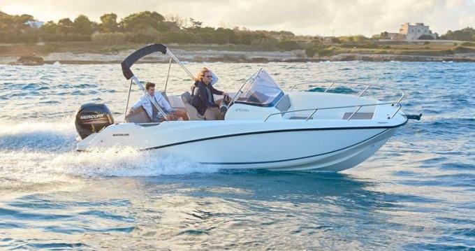 Boat rental Quicksilver Activ 675 Open in Split on Samboat