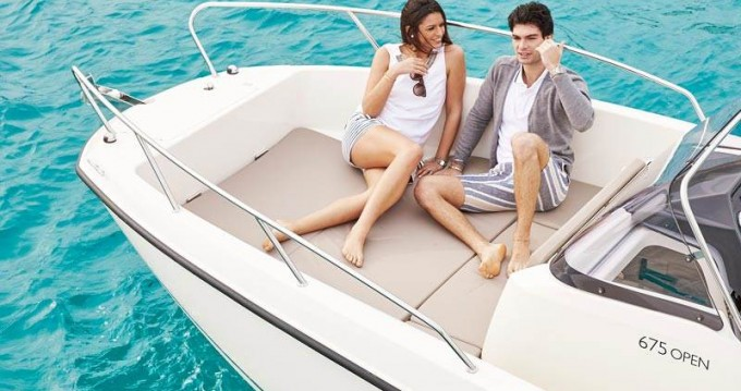 Rental Motorboat in Split - Quicksilver Activ 675 Open