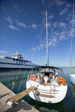 Rental yacht Keramotí - Jeanneau Sun Odyssey 42i on SamBoat