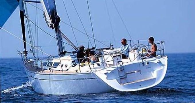 Rent a Jeanneau Sun Odyssey 43 Porto de Portimao