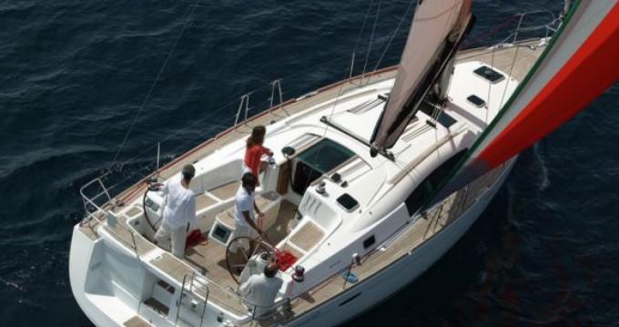 Rental yacht Naples - SPBI S.A. Oceanis 43 on SamBoat