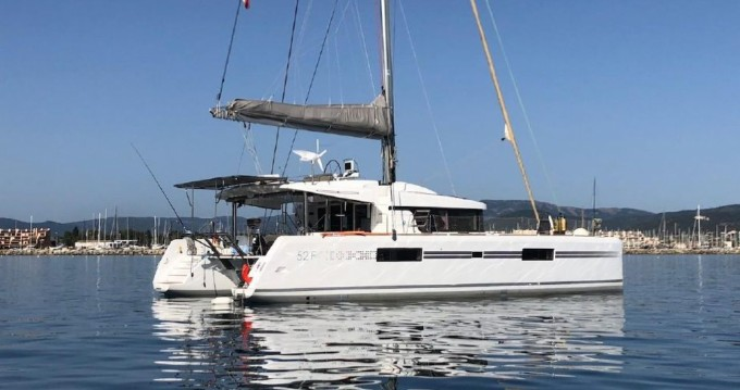 Hire Catamaran with or without skipper Lagoon Ajaccio