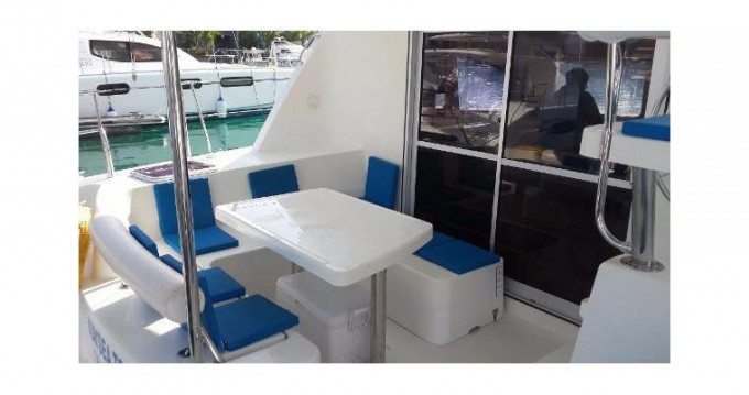 Rental yacht Ajaccio - Robertson and Caine LEOPARD 38 on SamBoat