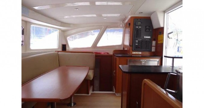 Boat rental Robertson and Caine LEOPARD 38 in Ajaccio on Samboat