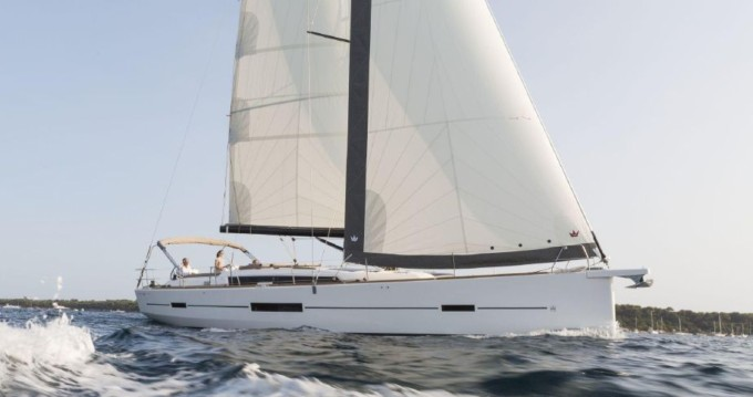 Boat rental Palermo cheap Dufour 520 Grand Large