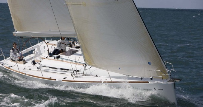 Hire Sailboat with or without skipper Bénéteau San Vincenzo