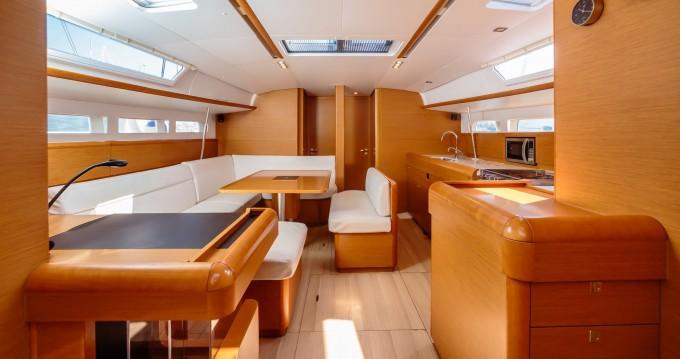 Boat rental Salerno cheap Sun Odyssey 519